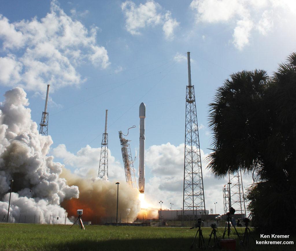 سومین فرود موفق موشک اسپیسایکس بر روی دریا