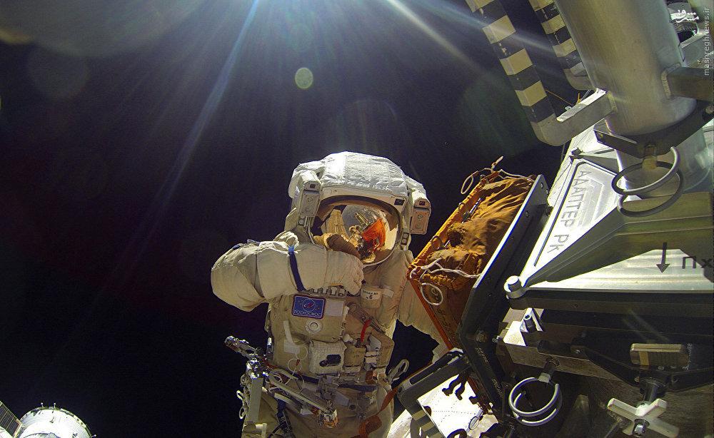 بازگشت فضانوردان ایستگاه فضایی بینالمللی به زمین