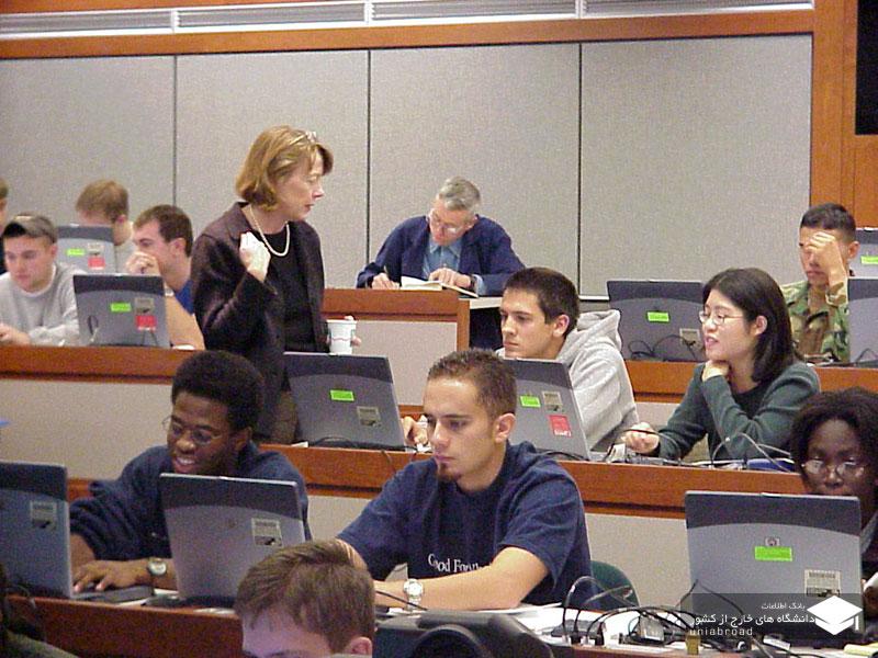 ۶۰ درصد دانشجویان علوم پایه و مهندسی مهاجر آمریکا ماندگار شدند!