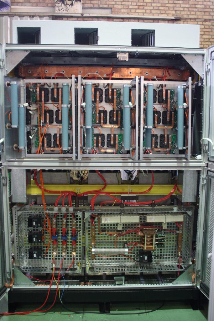 سیستم کنترل دور الکتروموتورهای ولتاژ متوسط توان بالا بوميسازي شد