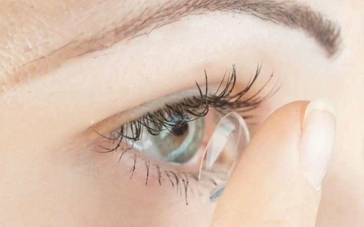 طراحی لنز تماسی توزیعکننده دارو برای مبتلایان آبسیاه