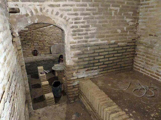 کشف حمام قاجاری در خاک برداری دانشگاه یزد!