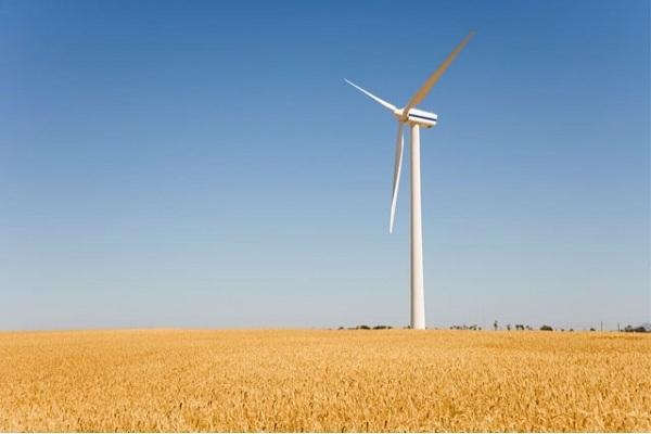 موفقیت متخصصان دانشگاه اراک در ساخت و نصب توربین بادی بدون گیربکس