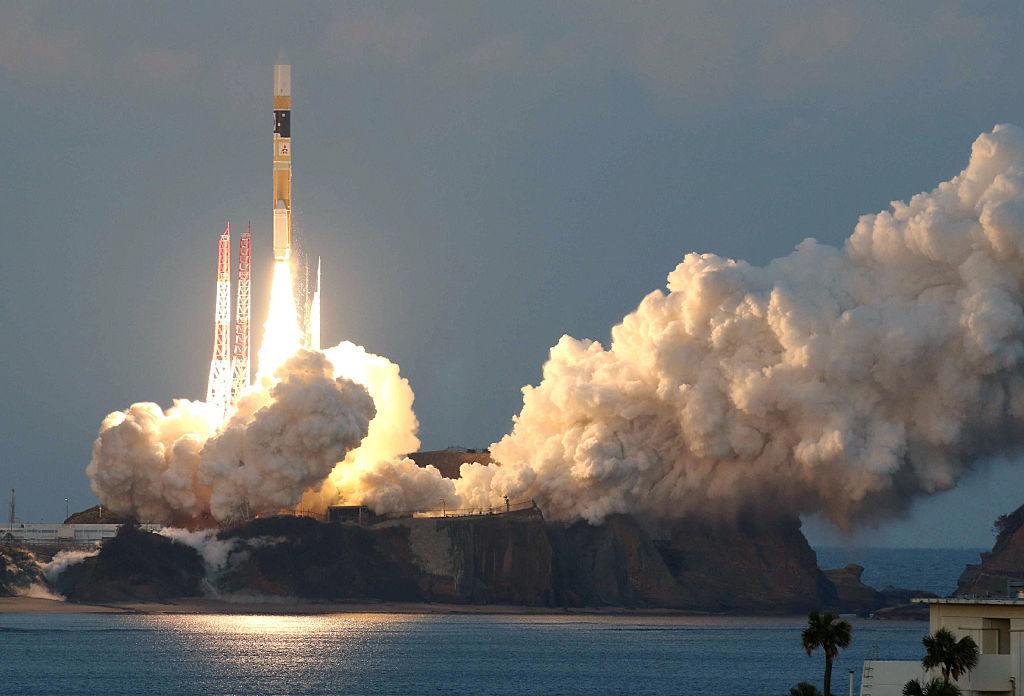 نخستین موشک کارتونی، ماهواره ژاپنی را به فضا برد! + تصاویر