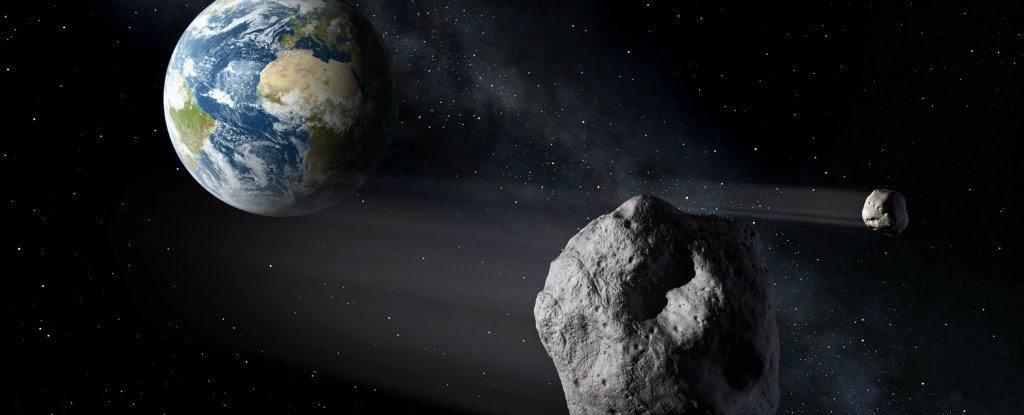 """""""سیارک"""" نویافته بی دردسر از کنار زمین گذشت"""