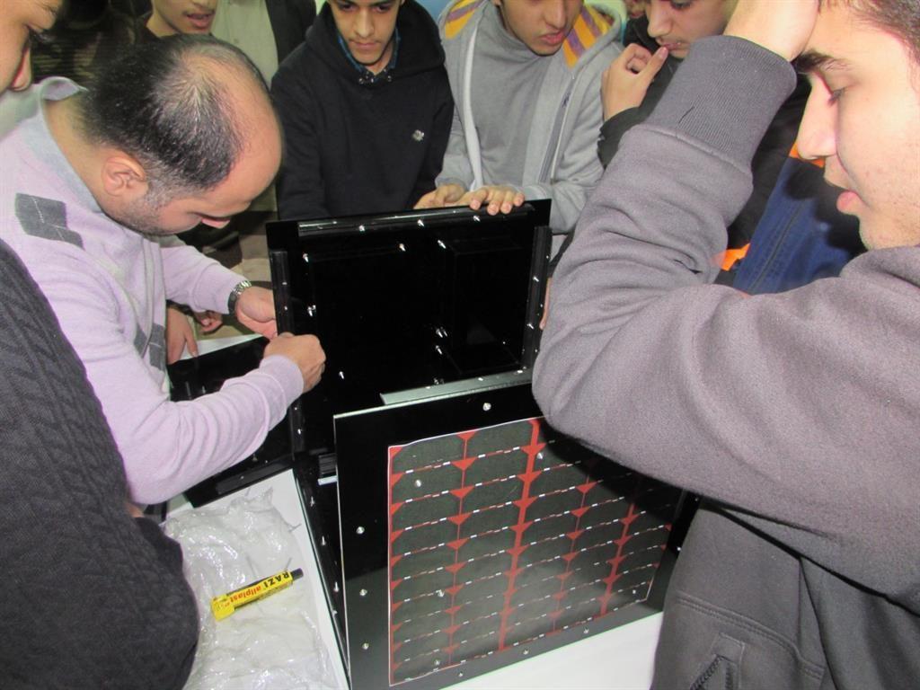 ترویج فناوری فضایی در مدارس تهران توسط مرکز ملی فضایی