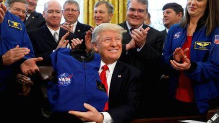 ترامپ تصویب کرد: افزایش بودجه ناسا در راستای فتح مریخ