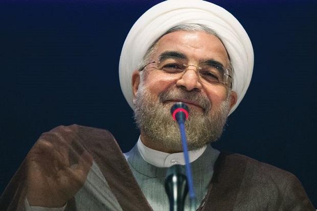 «رفرنس» رساله دکتری روحانی را هم «سرقت علمی» خواندند!/ وزیر علوم: فیلم دفاعیه دکتری موجود است