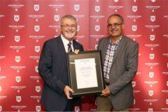 کسب جایزه ممتاز علمی ۲۰۱۷ دانشگاه سیدنیغربی توسط استاد ایرانی