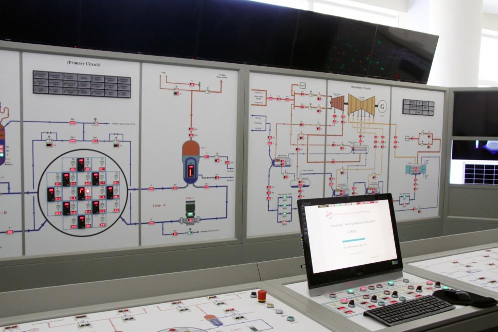 شبیهساز راکتور آموزشی در دانشگاه آزاد راهاندازی شد
