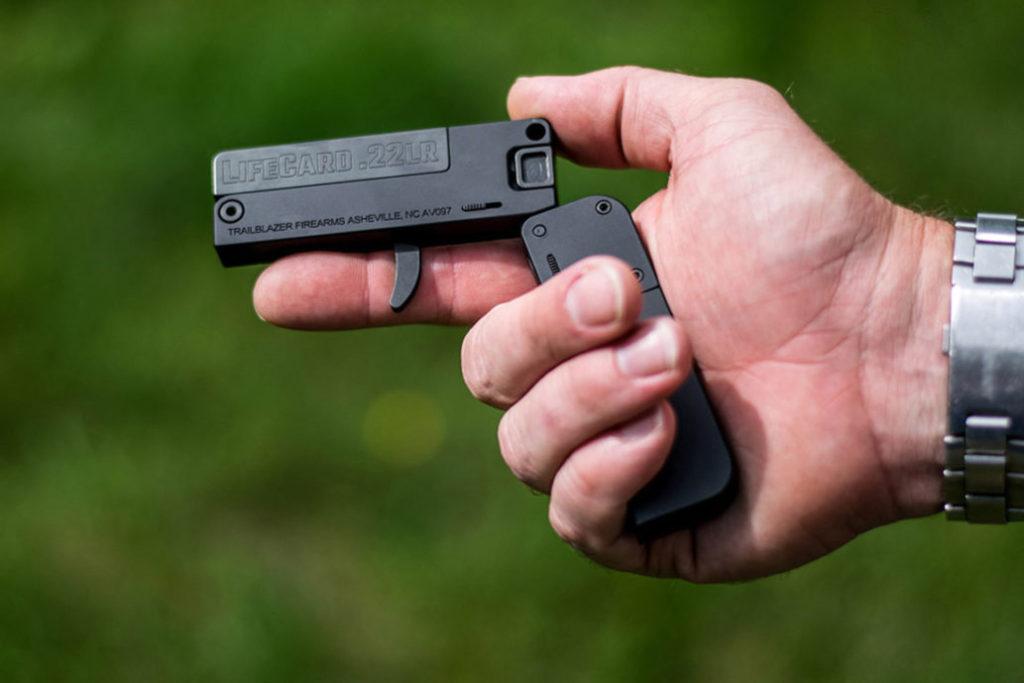 ساخت کوچکترین اسلحه جهان در ابعاد یک کارت ویزیت!