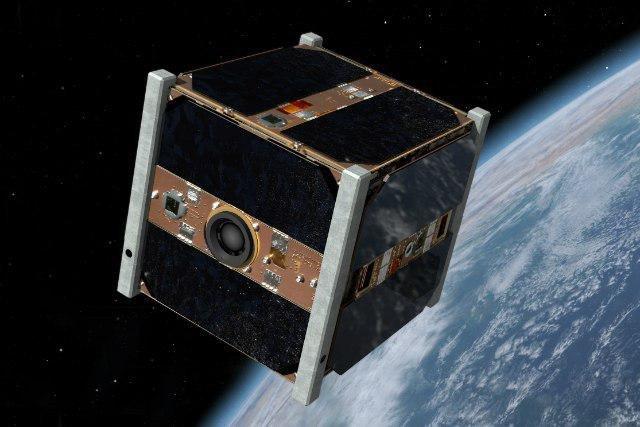 رییس مرکز ملی فضایی پیشنهاد کرد: واگذاری ماموریت ماهواره های بزرگ به شبکه ریزماهوارههای ارزان