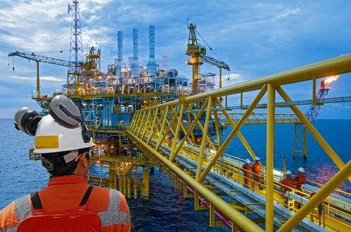 محققان کشور قابلیت برداشت نفت از مخازن نفتی را افزایش دادند