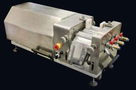 ساخت نخستین دستگاه آسیاب غلتکی میکرونیزه توسط محققان کشور