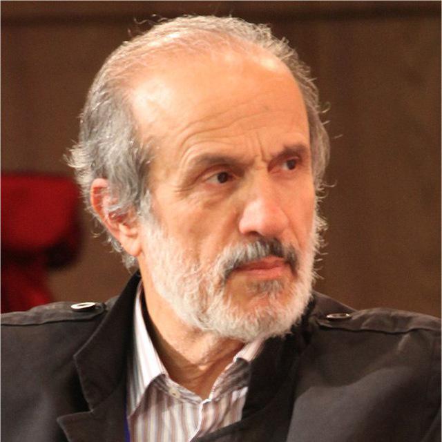 اهل قدرت بپذیرند که علم با زور علم نمیشود/قدرت و عزت ایران در مبارزه با استکبار جهل است