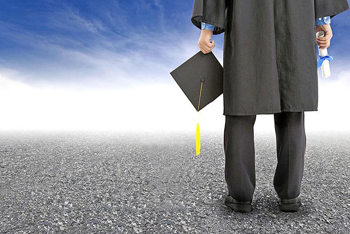 سرپرست وزارت علوم: ۴۰ درصد بیکاران کشور فارغالتحصیلان دانشگاهی هستند