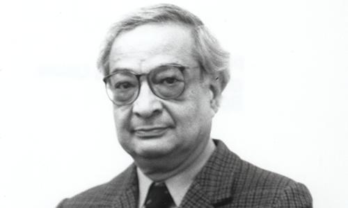یک سال از فقدان پروفسور جوان، مخترع ایرانی لیزر گازی گذشت