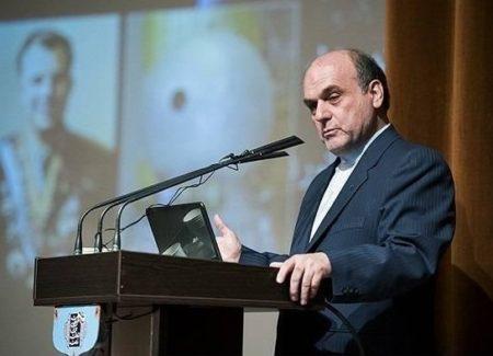 رییس سازمان فضایی: نباید تنها دستاورد بخش فضایی کشور را پرتاب ها تلقی کرد