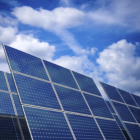 مرکز تحقیقات نیمه تمام سلولهای خورشیدی سیلیکونی در دانشگاه تهران تکمیل می شود
