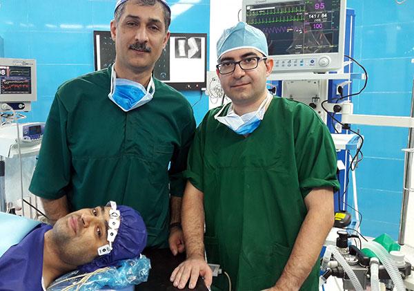 انجام نخستین عمل جراحی رباط صلیبی با هیپنوتیزم توسط پزشکان ایرانی