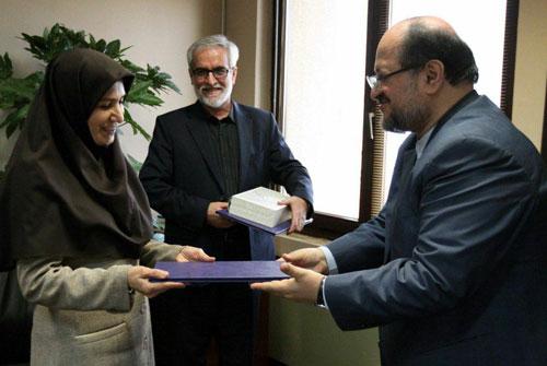 وزیر صنعت در مراسم معارفه رییس جدید سازمان زمین شناسی تاکید کرد: تامین تجهیزات پیشرفته از محل سرمایهگذاری خارجی