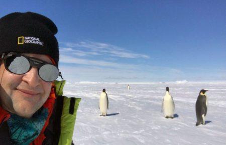 صعود گردشگر ایرانی به قله ای در قطب جنوب