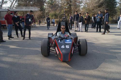 خودروی دانشجویی ایرانی در کلاس فرمول یک رونمایی شد