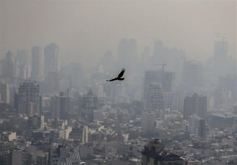 اجرایی نشدن ۹۰ درصد مصوبه «وظایف دستگاههای اجرایی در آلودگی هوا» برای تهران غرق در دود!
