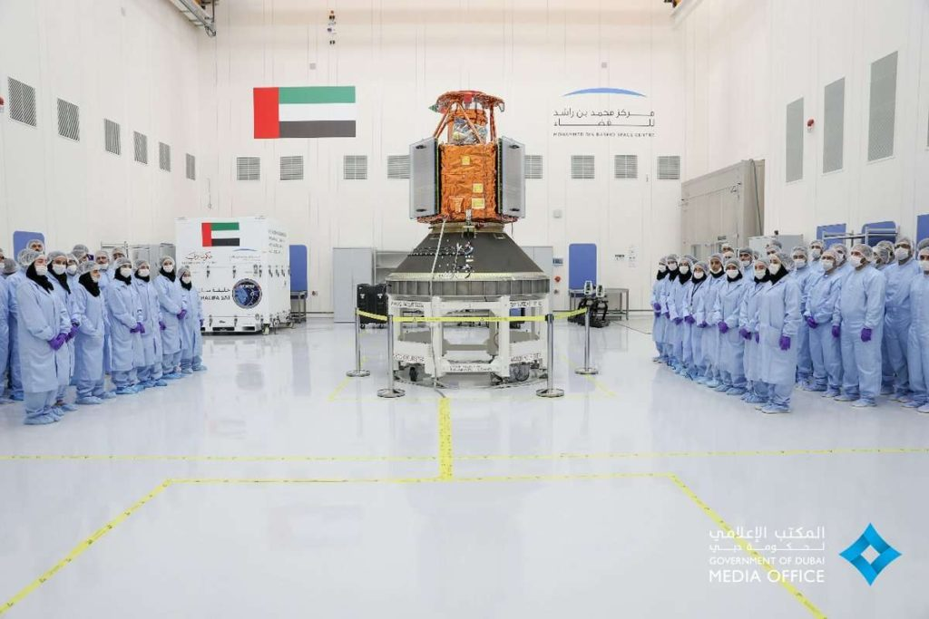رونمایی امارات متحده از ماهواره خلیفه!