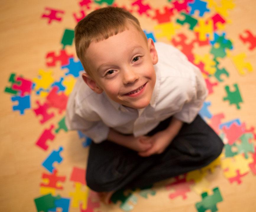 ارائه روش درمانی مکمل برای کودکان مبتلا به اوتیسم توسط یک محقق ایرانی