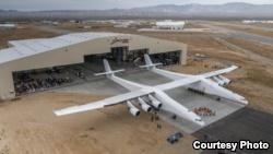 غول پیکرترین هواپیمای جهان رونمایی شد