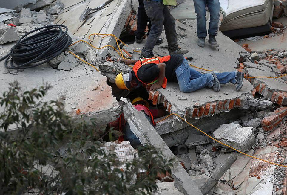 تحمیل ۹۶۰ هزار میلیارد تومان هزینه در صورت وقوع زلزله  ۷ ریشتری در تهران/کیفیت بتنهای کارخانه ای با مشکلات جدی مواجه است!