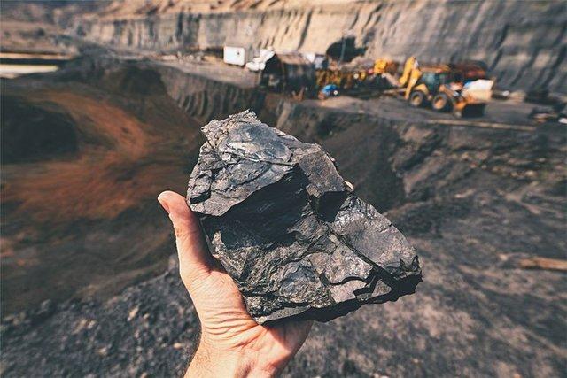 با تلاش پژوهشگران دانشگاهی صورت گرفت : استخراج نانوصفحات کربن فعال از زغالسنگ