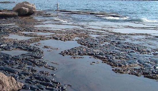 ابرجاذب نفت پلیمری برای پاکسازی آبهای دریا، برنده یک چالش فناوری در کشور شد