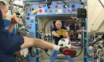 تب جام جهانی در ایستگاه فضایی