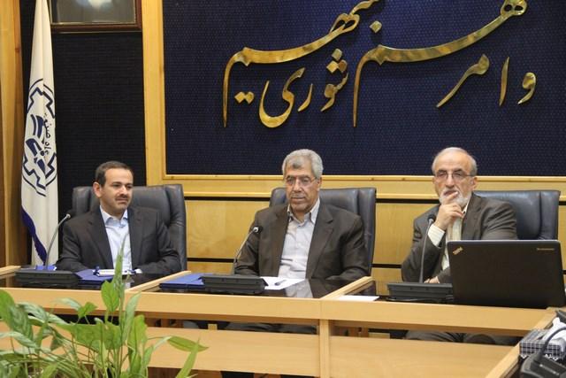 ملک زاده با امضای تفاهم نامه ایجاد مرکز توسعه فناوری سلامت شریف و علوم پزشکی تهران اعلام کرد: تلاش برای ایجاد مرکز ژن درمانی در تهران