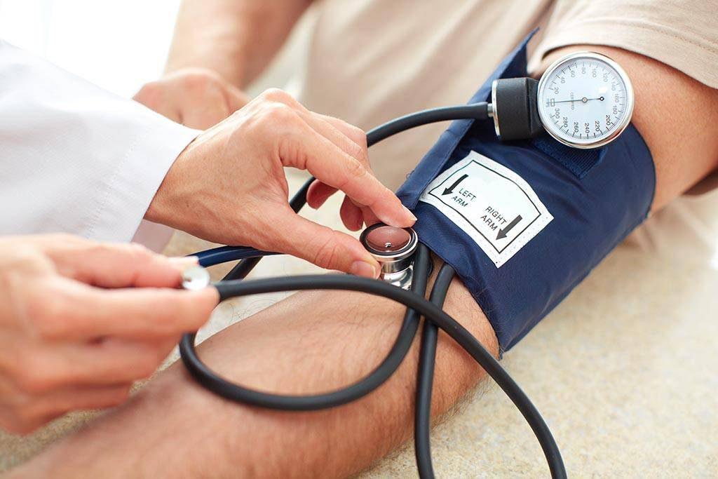 تازه ترین نتایج مطالعه بار بیماری فشار خون در جهان اعلام شد/ هشدار جدی دکتر ملک زاده نسبت به  افزایش ۳۹ درصدی مرگهای ناشی از فشار خون بالا در ایران
