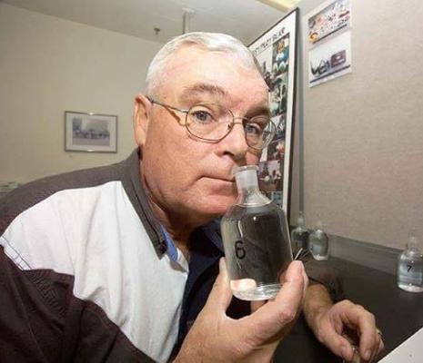 مردی که ۴۴ سال در ناسا بو میکشد!