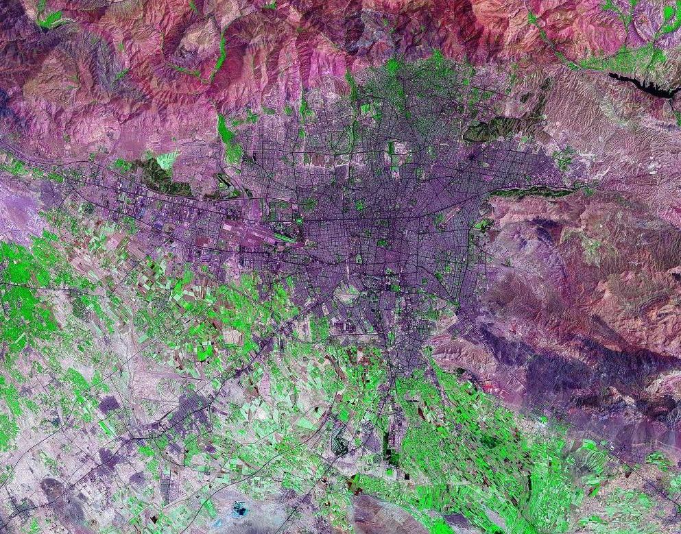 تهیه نقشه زمینشناسی یک پنجاههزارم شهر تهران با مدلسازی سهبُعدی