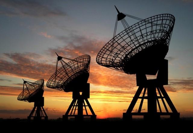 رییس سازمان فضایی ایران : صدور پروانه فعالیت اپراتور ماهواره مخابراتی تصویب شد