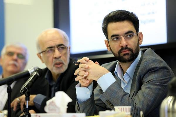 صف ماهواره های منتظر پرتاب ایران طولانی تر می شود/وعده وزیر ارتباطات مبنی بر پرتاب «به موقع» ماهواره های شریف و امیرکبیر