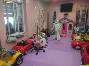 ربات اجتماعی « آرش » به کمک کودکان سرطانی آمد