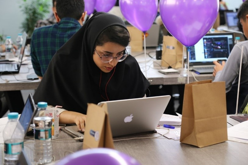 نخستین دوره مسابقات ساخت ربات های پیام رسان شبکه های اجتماعی برگزار شد