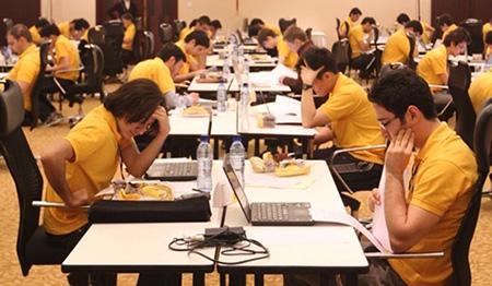 رقابت ۶۵ تیم در مسابقات برنامه نویسی دانشجویی  دانشگاه صنعتی امیرکبیر