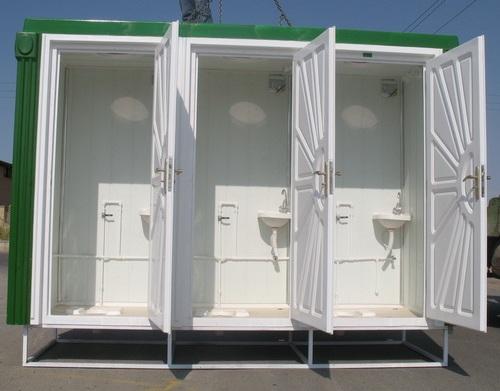 خطر اپیدمی بیماري هاي عفونی در مناطق سیل زده*ضرورت احداث فوري توالت هاي عمومی موقت
