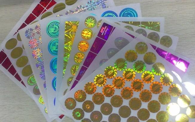 ساخت برچسب های هوشمند کنترل سلامت کالا در کشور