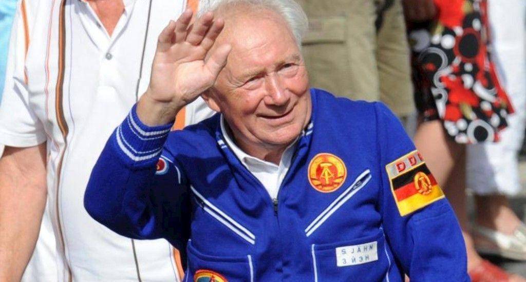 نخستین فضانورد آلمانی درگذشت