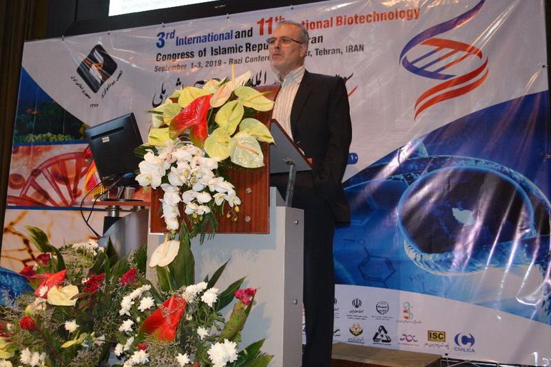رييس کارگروه کشاورزي ستاد توسعه زيست فناوری عنوان کرد: صدور مجوز مصرف بیش از ۱۰۰ محصول تراریخته در اروپا