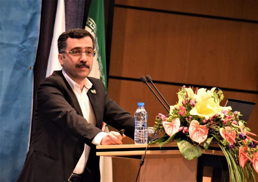 زنگ خطر افت کمی و کیفی تولید علم ایران/ آخوندزاده: محققان نسبت به ۲۵ سال پیش فقیرتر شدهاند/عربستان در مقالات داغ از ایران پیشی گرفت