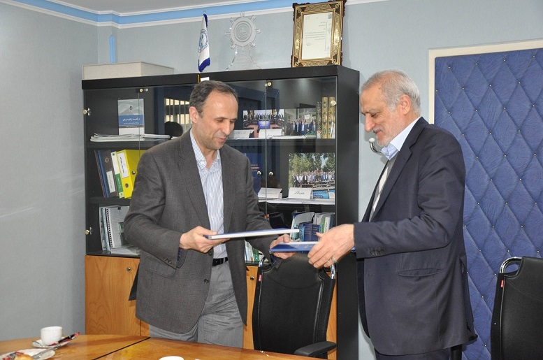 امضای تفاهم نامه همکاری بین پژوهشگاه های اقیانوس شناسی و صنعت نفت